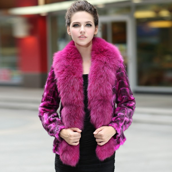 Only Faux Fur with Collar